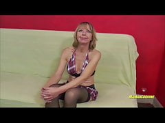 Nadine 55 ans femme mature qui aime le sexe interracial