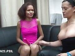 Kleine schwarze Schlampe wird für ihr Porno Casting gefickt