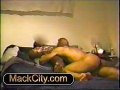 Alte Pussy, die Video 2 isst