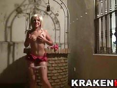 Krakenhot - casting fou en plein air avec une jolie teen