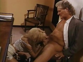 Vintage Jewel porno: Uncut Jewel (1994)
