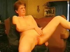 Hot granny rubbing her pussy. Amateur older women