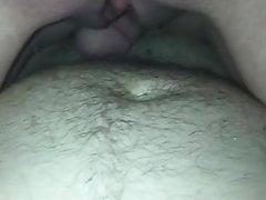 Milf spritzt auf den Schwanz