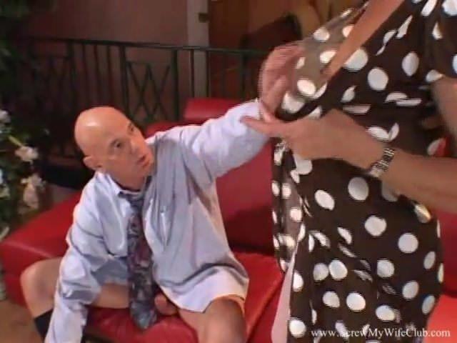 Порно с зрелыми женщинами в колготках