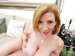 Hot Busty Milf Sara Jay je připravena se jen pro vás!