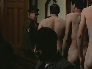 Vintage Beach movie: Colin Friels naked (1986)