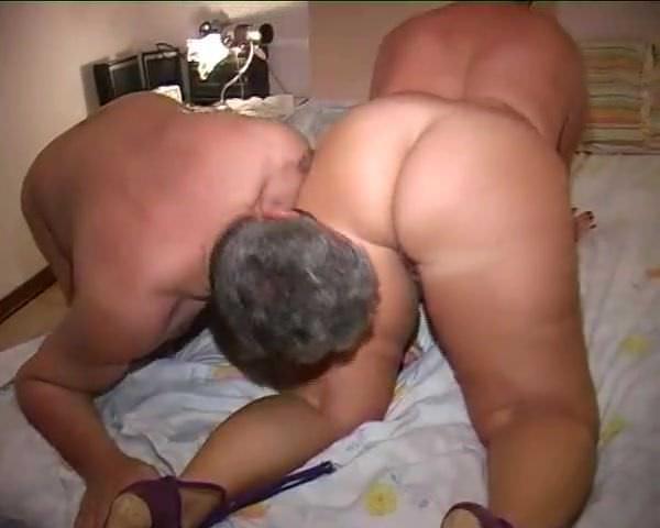 Порно киски попы в чулках