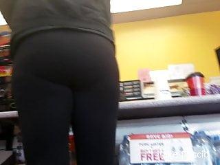 Voyeur Big Ass video: Tall Pawg In Gas Station Nashville