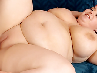 Hardcore Big Boobs Bbw video: Blonde Plumper Rubs Her Pussy Before Being Fucked