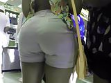 PHAT ASS AT THE STORE