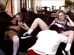 STP4 Te gorące nastolatki chciały się pieprzyć!