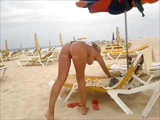Milfs,Amateur,Beach,Algerian,Big Natural Tits,On The Beach,On Beach,In The Beach