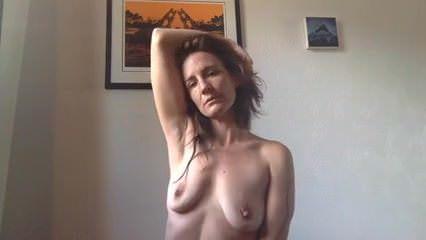 Смотреть онлайн неожиданный завлекающий секс