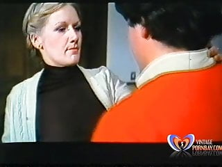 Italian Vintage Stockings video: Bocca vogliosa Labbra bagnate Italian Very Rare 1981 Teaser