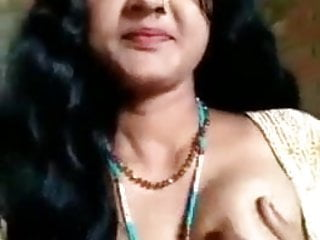 Matures Indian porno: desi longhair bhabi showing privete parts