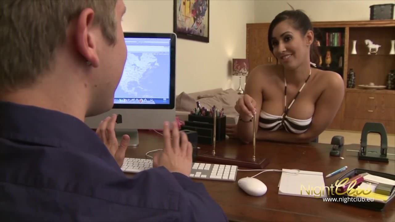 Порно трансов с большими жопами