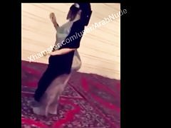 Arabia Saudyjska mama big ass abaya hijabi niqab dance VERY HOT!