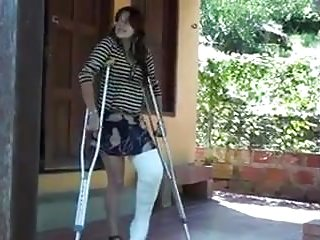 Foot Fetish Bondage Doctor video: LLC Crutching