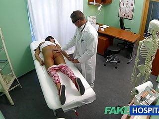 假醫院青少年女孩不在節育控制彎曲