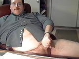 chub daddy bear jerking oin cam