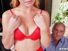 Raylin Ann riceve Gangbaged dai vecchi