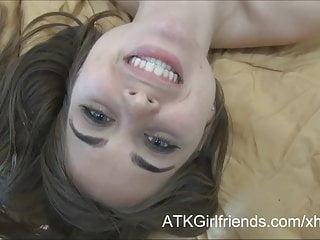 在與Riley Reid的POV約會後,你暨她的臉