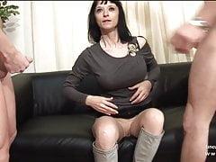 Big boobed Französisch Milf hart für ihre Casting Couch analysiert