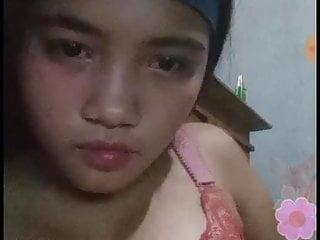 Asian Teen Bikini video: gogo live abg pamer nenen