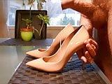 Cum in pink stiletto high heel