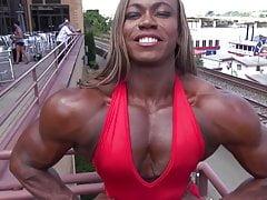 Schwarze Muskelgöttin 3
