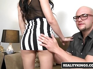 Cumshots Handjobs Pornstars video: RealityKings - First Time Auditions - Jmac Nikki Bell - Beau