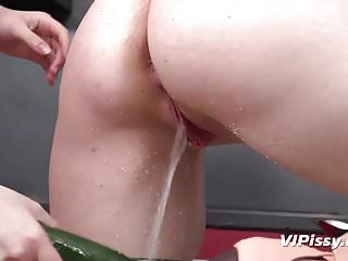 Lesbians,Sex Toys,European,Piss,Pissing,Drinking,Vipissy,Hd Videos,Give Me