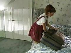 La moglie di SBA lascia il marito a casa per sorvegliare la sorella!