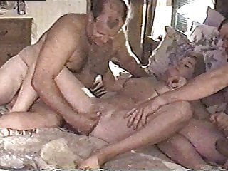 Fingering Threesome Mom video: wife cums on friends fingers