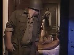 Monastero monaca sesso con soldati americani nella seconda guerra mondiale