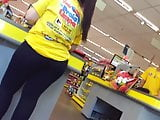 moreninha rabuda do supermercado