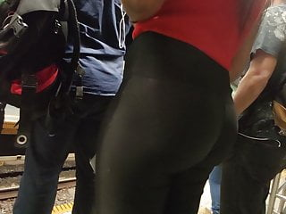 Brazilian Pov Black vid: Hot ebony big booty black shiny leggings tong