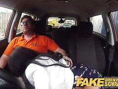 Fake Driving School Spunk figa coperta per busty British ba