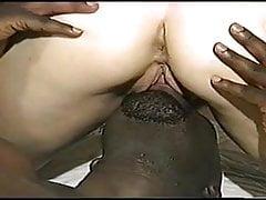 STR8 BLACK MAN PUOI MANGIARE QUALCHE FIGA