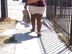 Plus size black milf street candid