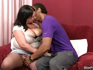 Big Cock Bbc Pawg video: BBW involved into 69 and sex with black dude