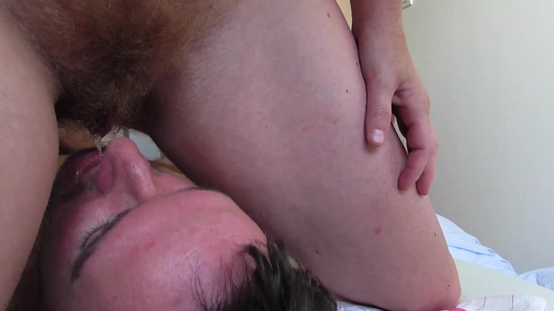 Amateur Hairy Pussy Threesome