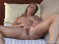 Yanks Blond Skyla's Pearly Cum