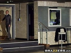 Brazzers - Teens Like It Big - Cindy Loarn Danny D - Non andare