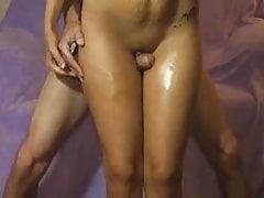 Curioso Cristine - Cazzo tra le cosce -