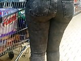 Candid jeans big booty
