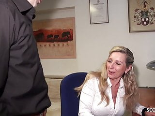 German Hardcore Stockings video: DEEP ANAL FOR GERMAN MATURE JENNY IN STOCKINGS AT WORK
