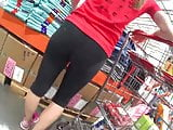 Mom in yogas