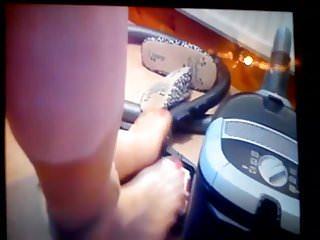 Closeups Foot Fetish Homemade video: Pantyhose Feet Vacuum Fetish