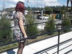 Kurzes Kleid schwarze Strumpfhose